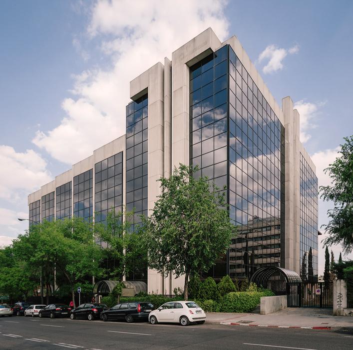 Edificio de oficinas metrovacesa en c ulises madrid imoel for Oficinas de ing en madrid